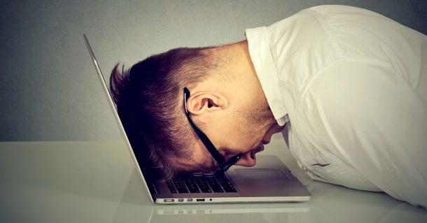 Frustrierter Computer Nutzer